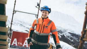 A til Å entreprenør på byggeplass med stillaser fra TBU II